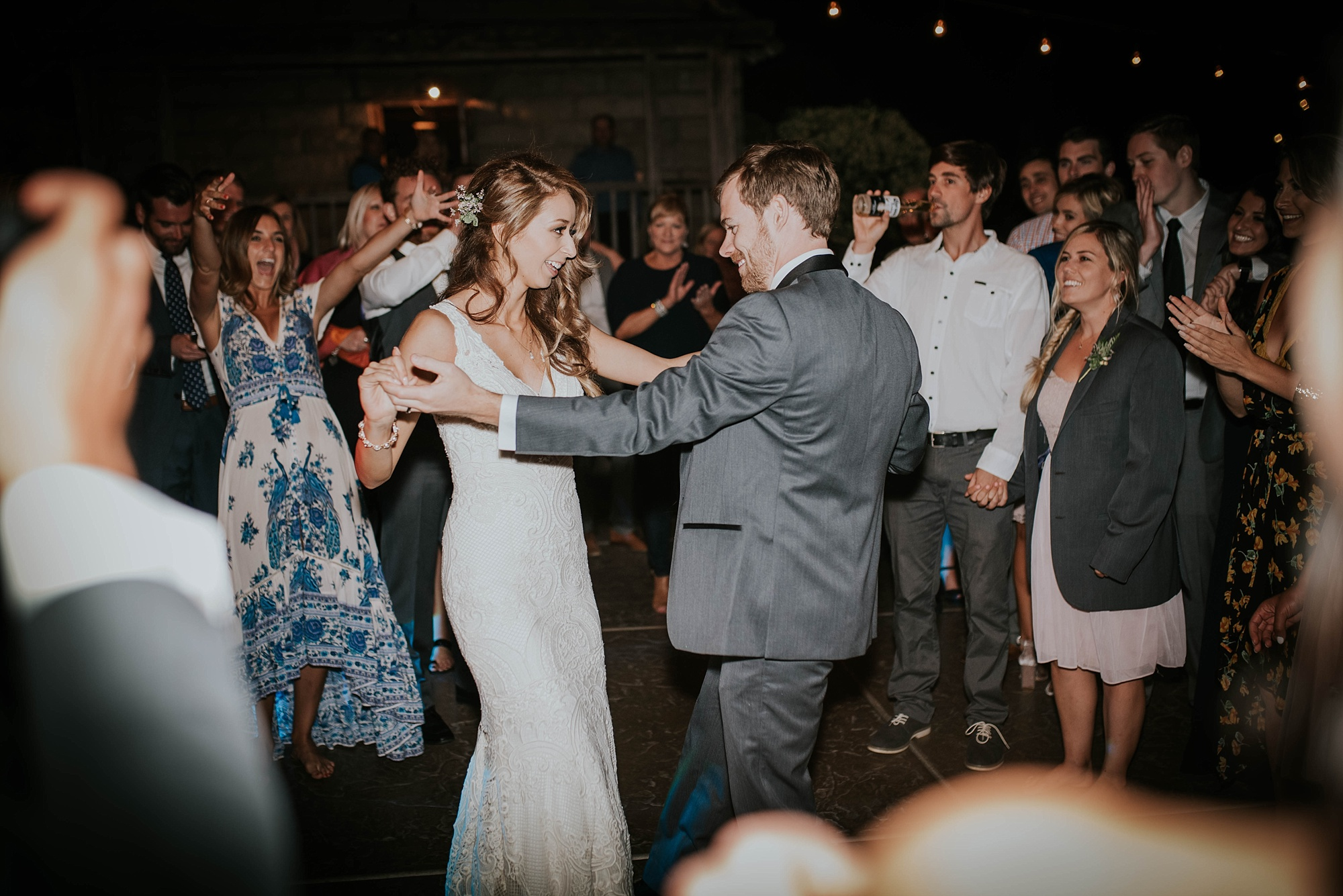 Dance party kicks off at temcula creek inn wedding in california